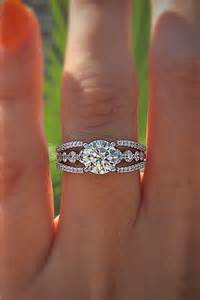 womens engagement rings best 25 wedding bands ideas on moissanite rings beautiful wedding rings and