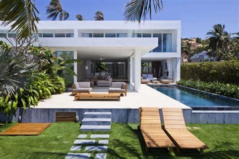 desain  denah rumah villa modern rumah minimalis