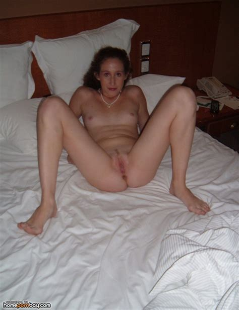 My wife posing nude for me - Mobile Homemade Porn Sharing