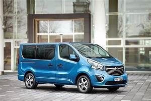 Opel 9 Places : opel vivaro tourer 2015 photos et d tails du vivaro haut de gamme l 39 argus ~ Gottalentnigeria.com Avis de Voitures