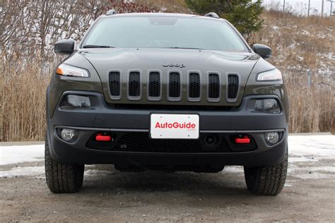 trailhawk jeep 2016 2016 jeep cherokee trailhawk review autoguide com news