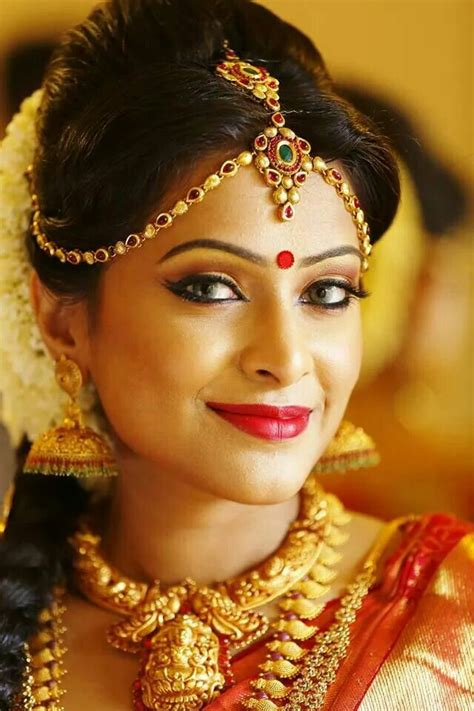 modern traditional indian bridal makeup   bride