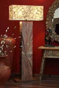 Designer Stehlampen Holz : stehlampe designer lampe holz massiv intarsien landhausstil neu ~ Indierocktalk.com Haus und Dekorationen