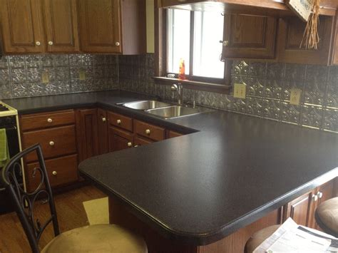 tiling kitchen countertops laminate laminate countertops home decorating ideas 8526