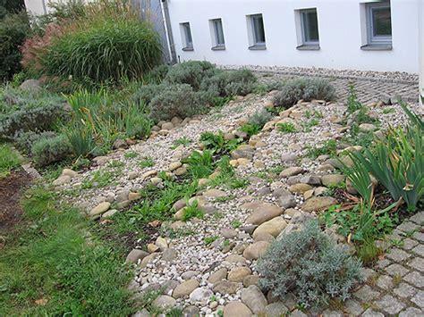 Vorgarten Mit Steinen by Arkadia Gartengestaltung Berlin Leistungen Vorgarten