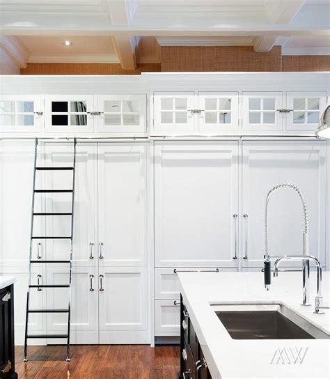 Bi Color Kitchen Cabinets Design Ideas
