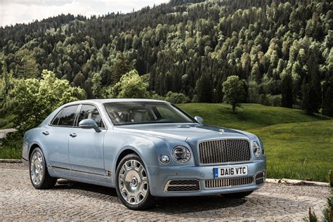 Bentley Mulsanne Picture by Bentley Mulsanne V8 2016 Review Pictures Auto Express