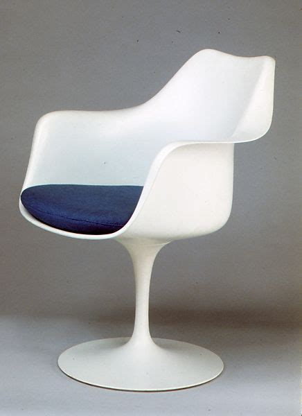 eero saarinen tulip armchair model    met