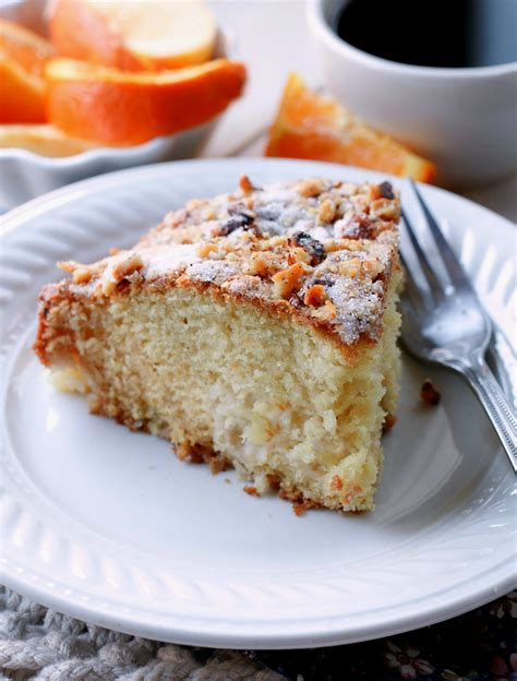 You've heard of coffee cake, but what about cake made out of coffee? Pineapple Coffee Cake - Bunny's Warm Oven