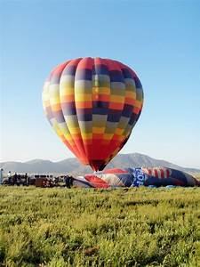 Taking a hot air balloon ride temecula ca