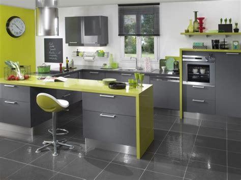 conseils déco cuisine vert anis et gris