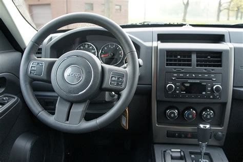 jeep liberty 2012 interior 2012 jeep liberty interior www imgkid com the image