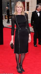 Olivier Awards 2013: Selina Scott proves it's possible to