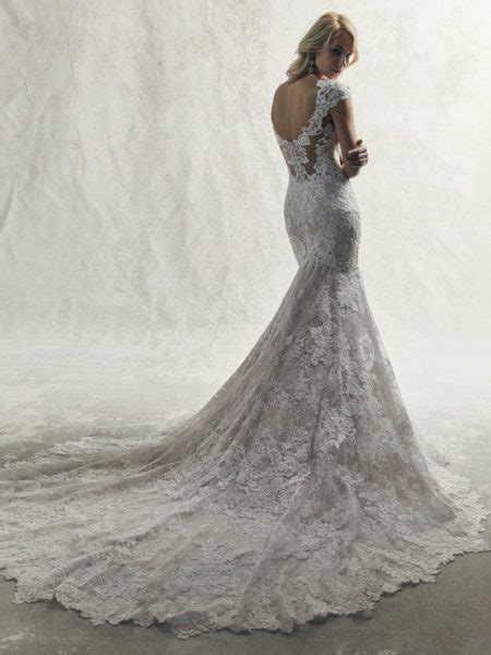 fully lace cap sleeve  neck fit  flare wedding dress