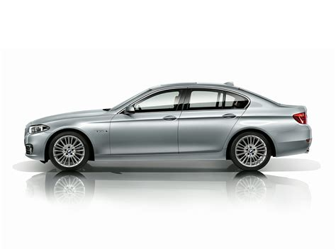 2015 Bmw 550  Price, Photos, Reviews & Features