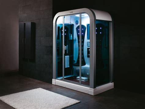 dampfdusche dampf sauna  personen schwimmbad und saunen