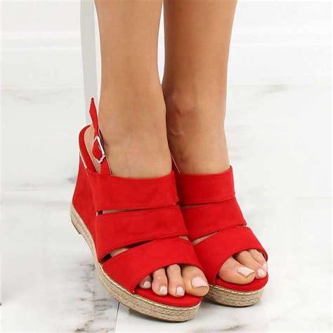 Sandale roșii cu platformă - 11 cm - 130308 - Stiletto.ro
