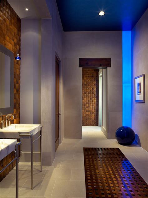 Pool House & Wine Cellar   Contemporary   Bathroom