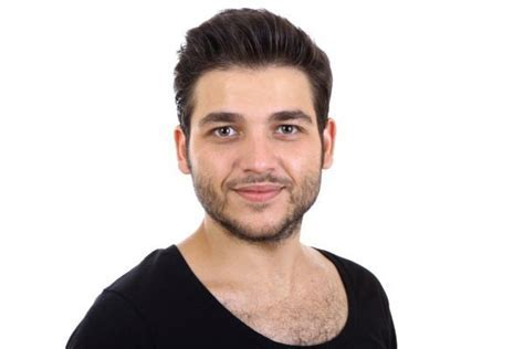 Tagli di capelli per uomini con il viso tondo (Foto 2/28
