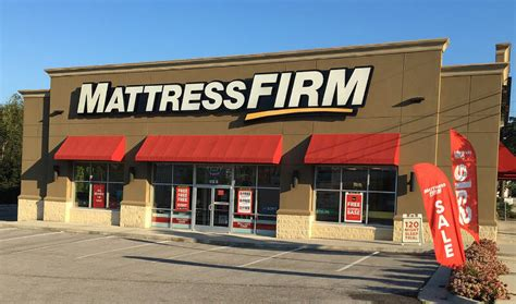 mattress firm files  bankruptcy closing  stores