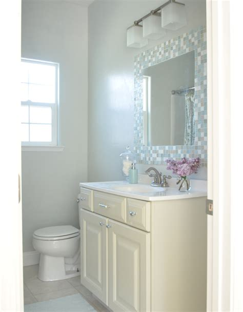 Painting Small Bathrooms by Bathroom Painting Tips Home Decorating Painting Advice