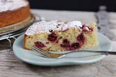 Kuchen Mit Kastenform Und Kirschen Saftiger Kirsch Schmand Kuchen Mrsflury Chefkoch De