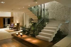 Treppe Im Wohnzimmer : moderne treppe wohnzimmer ~ Lizthompson.info Haus und Dekorationen