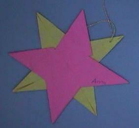 Sterne Basteln Kindergarten : faltstern dekorationsidee f r weihnachten ~ Frokenaadalensverden.com Haus und Dekorationen