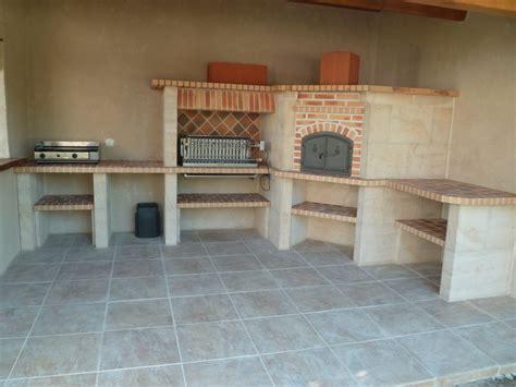 etagere d angle cuisine cuisine d 39 exterieur en brique et barbecues