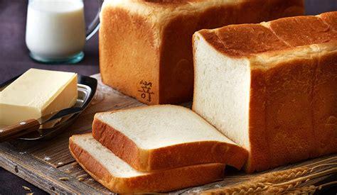 さき も と 食パン