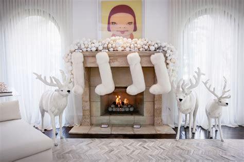 kardashian jenner clan decorates  christmas