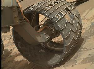 Curiosity Mars Rover: Wheel Watch 2014
