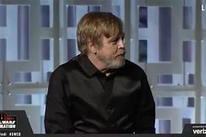 Mark Hamill debuts new Luke Skywalker photo in Last Jedi ...