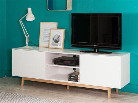 meuble cuisine blanc laqué meuble tv 2 portes 2 niches en bois laqué blanc pieds