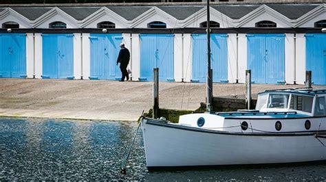 peek  wellingtons iconic clyde quay boat