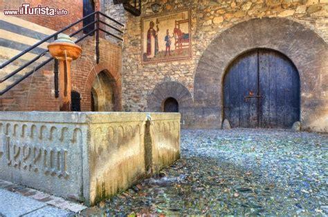 interno borgo medievale torino parco san valentino