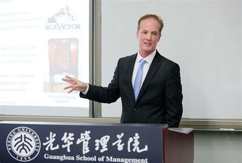 the speaker bureau jeffrey towson to visit america in december china
