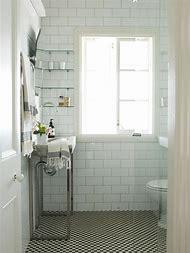 Black and White Checkered Bathroom Flo…