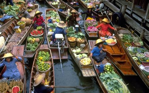 bangkok floating market  river kwai bridge day