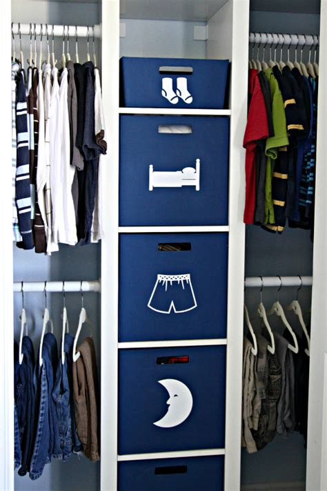 Kid Closet Organizers by Iheart Organizing Conquering Clothing Clutter Kid S Closet