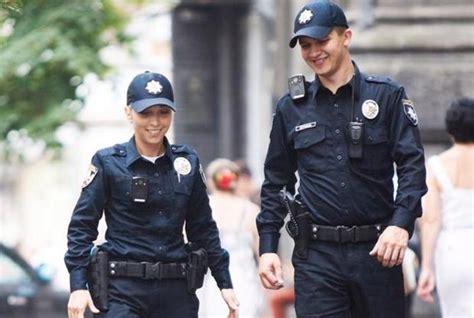 Киевскую полицию перевели на усиленный режим   Киев на