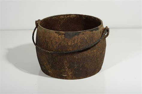 Antique Cast Iron Pot With Handle