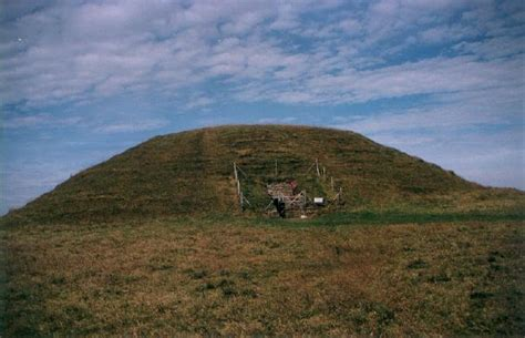 maes howe chambered tomb orkney scotland uk history