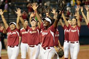 Oklahoma Sooners Softball: OU Rallies to Beat Ducks ...