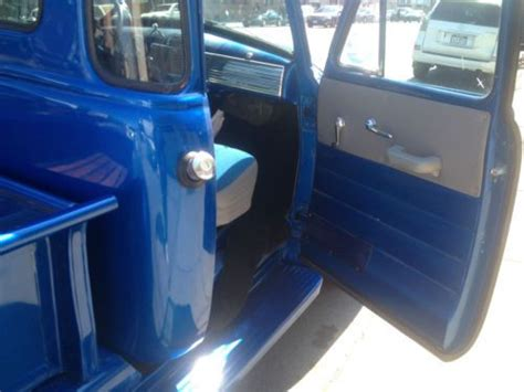 find   chevrolet pickup  custom paint