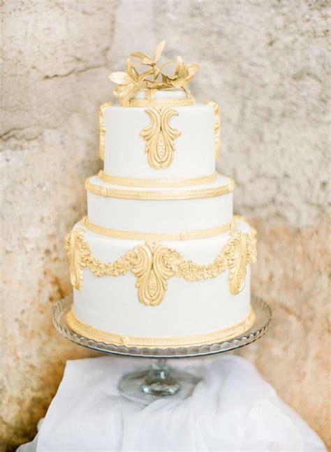 white and gold cake g 226 teau white gold wedding cakes 2262305 weddbook 1294