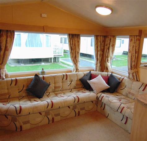 pre owned  willerby rio flower