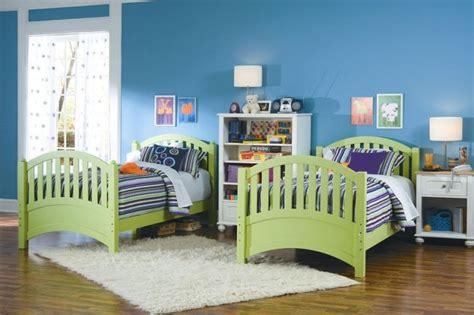 chambre a deux lits chambre d 39 enfant et d 39 ado 105 idées pour filles et garçons
