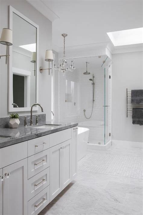 pairing dark countertops  light cabinets