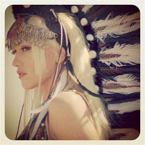 I Am Traditional Gwen Stefani by Gwen Stefani Me Gustas And Musica